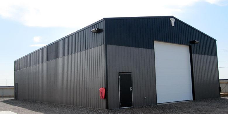 Industrial post frame building